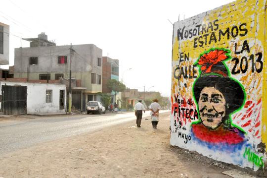 Nosostras Estamos Calle Lima Peru Comas