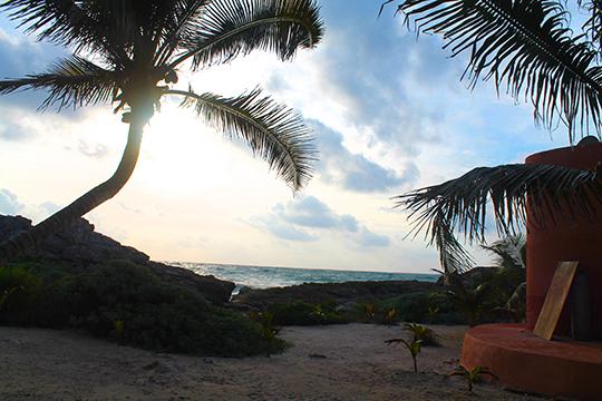 Zamas Hotel beach