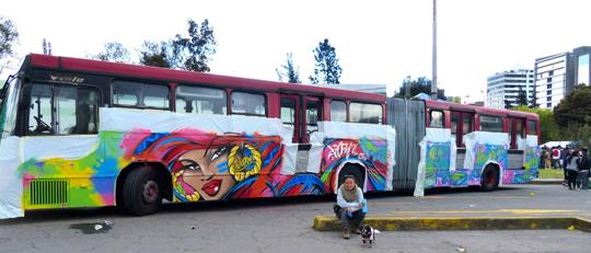 Toofly Quito Ecuador Bus 2