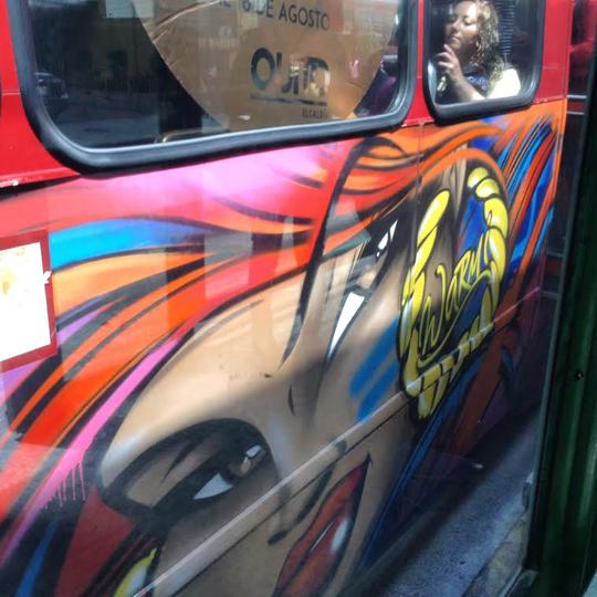 Toofly Quito Ecuador Bus 6