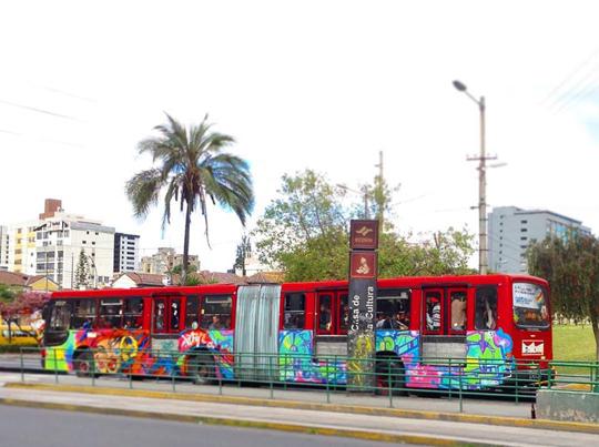Toofly Quito Ecuador bus 9