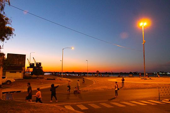 costanera sunset
