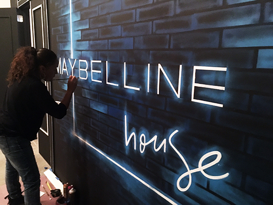 Maybelline Installation Toofly-5